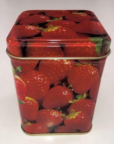 Tee Dose Erdbeere eckig mit Stülpdeckel 100 gr.